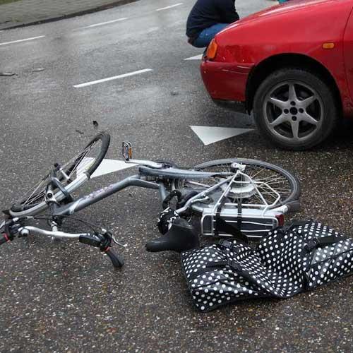 https://dlsa.nl/wp-content/uploads/2015/08/Ongeluk-auto-%E2%80%93-fietser.jpg